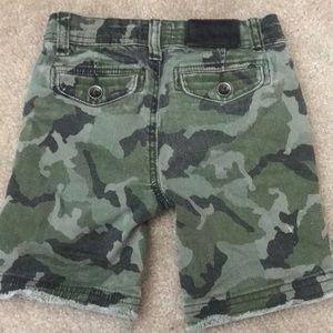 Hudson Jeans Bottoms - Kids Hudson camo shorts size 3T